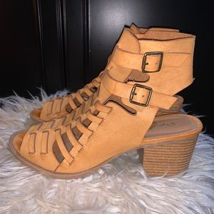 Women's tan buckle-up, ankle length bootie!